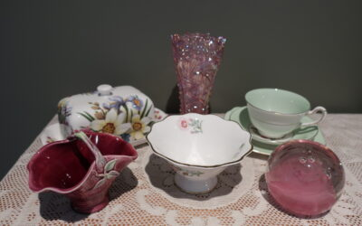 Sneak Peek For The Week – Aynsley, Signed Paperweight, Taylor And Kent, L E Smith Glass, P S China From England, Florann Australian Pottery