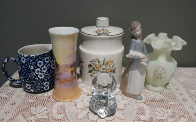 Sneak Peek For The Week – Fenton, Price Kensington, Victoria China, Burleigh Calico, LLadro