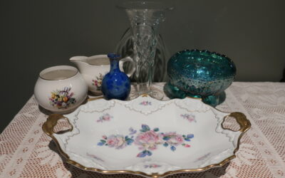 Sneak Peek For The Week – Vintage Crystal, David Williams Pottery, Price Kensington china, Fenton, Bavarian China