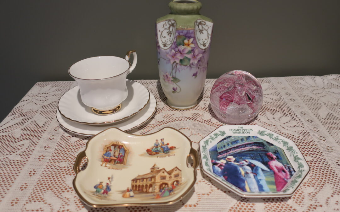 Sneak Peek For The Week – Royal Albert, Caithness Glass, Wedgwood, I E & C Antique Vase, Royal Winton