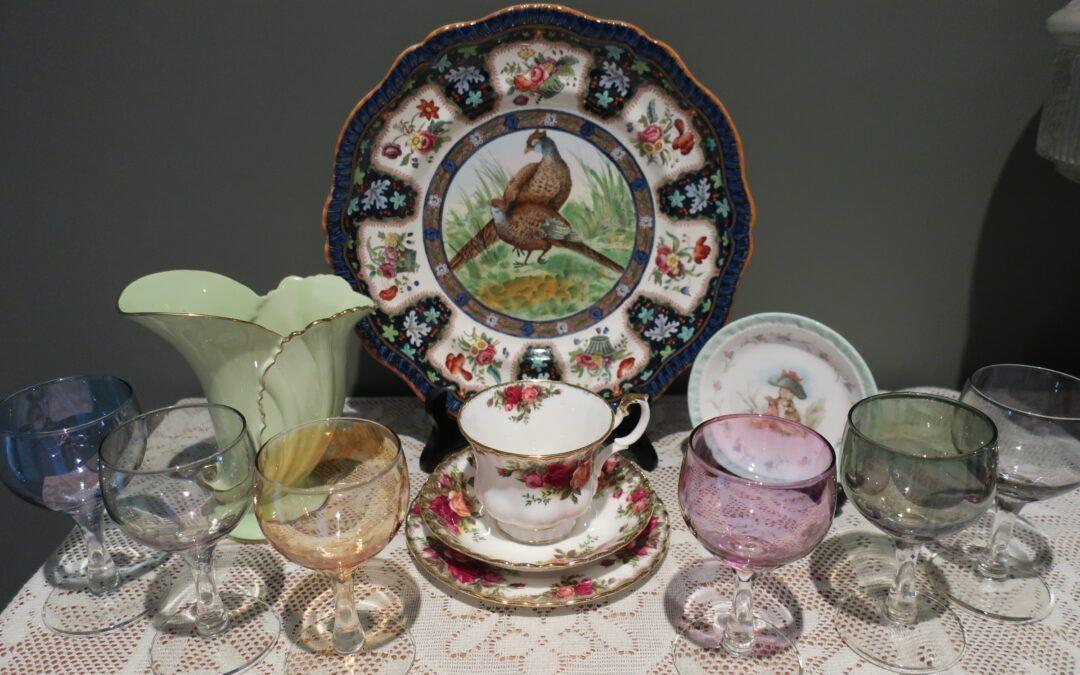 Sneak Peek For The Week – Royal Albert, Antique Spode, Carlton ware, Vintage Harlequin Glassware